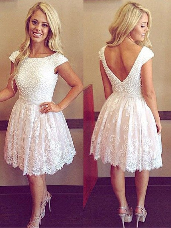 A-Line/Princess Scoop Short Sleeves Pearls Lace Short/Mini Dresses
