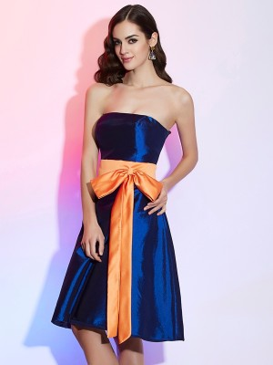 A-Line Strapless Sleeveless Sash/Ribbon/Belt Short Taffeta Debs Dress