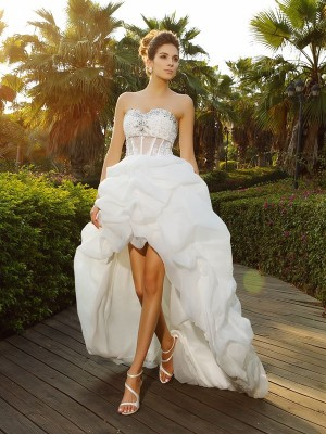 A-Line Sweetheart Beading Sleeveless High Low Organza Wedding Dresses