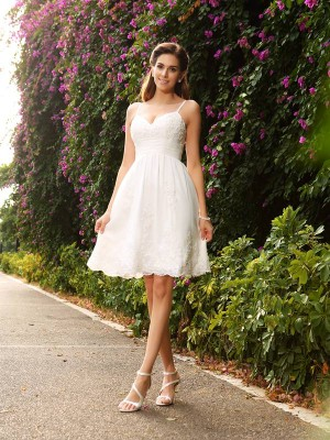 A-Line Spaghetti Straps Applique Sleeveless Short Lace Wedding Dresses