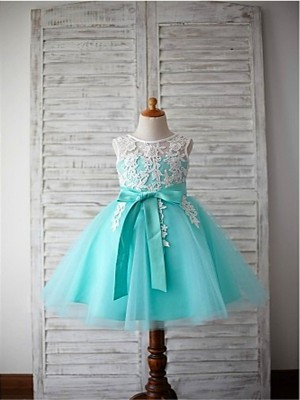 Stylish Ball Gown Scoop Sleeveless Bowknot Knee-Length Tulle Flower Girl Dresses