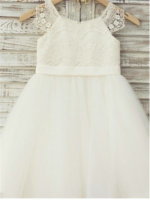 Cute A-Line/Princess Scoop Sleeveless Lace Knee-Length Tulle Flower Girl Dresses