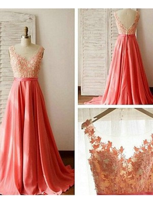 A-Line/Princess Sleeveless Sweetheart Sweep/Brush Train Chiffon Bridesmaid Dress With Lace