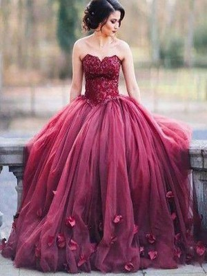 Ball Gown Sweetheart Sleeveless Applique Floor-Length Tulle Dresses