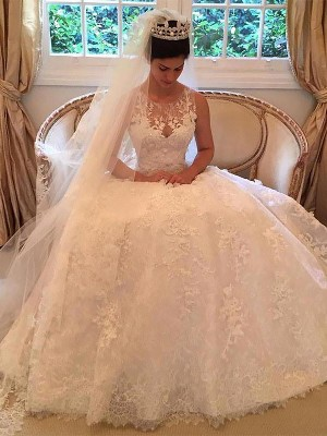 A-Line/Princess Sleeveless Lace Court Train Scoop Applique Wedding Dresses
