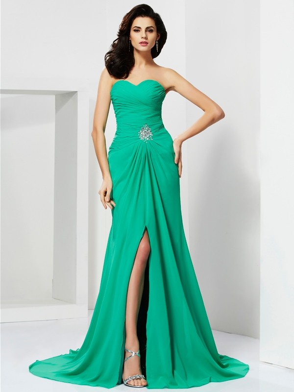 Sheath Sleeveless Sweetheart Beading Long Chiffon Dresses