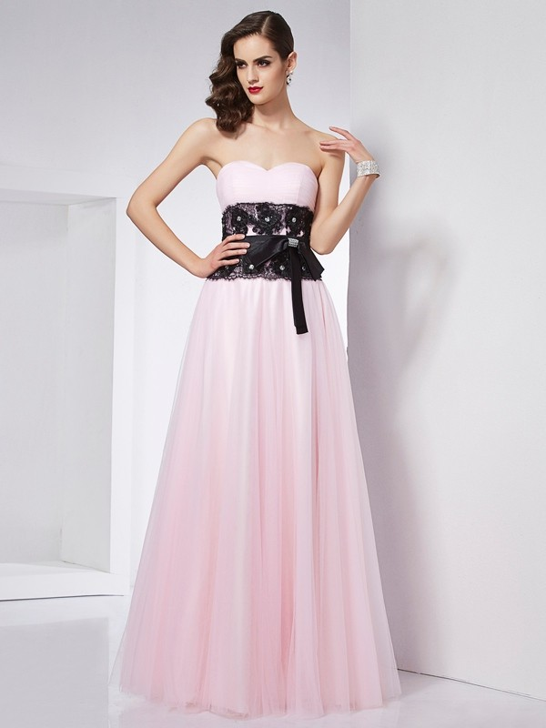A-Line Sweetheart Sleeveless Lace Long Net Dresses