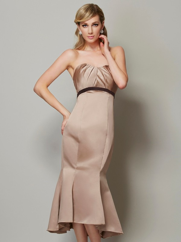 Sheath Strapless Sleeveless Sash/Ribbon/Belt Short Satin Dresses