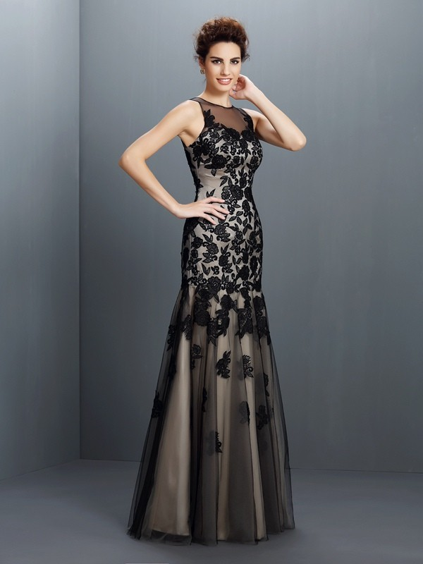 A-Line Bateau Applique Sleeveless Long Satin Dresses