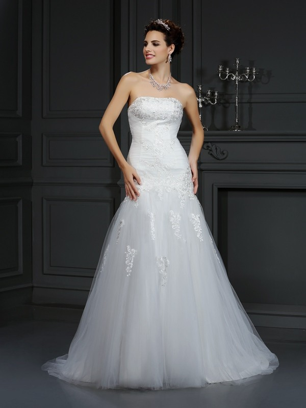 Sheath Strapless Lace Sleeveless Long Satin Wedding Dresses