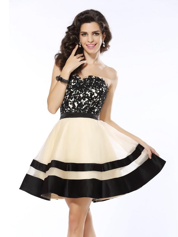 A-Line Sweetheart Applique Sleeveless Short Organza Cocktail Dresses
