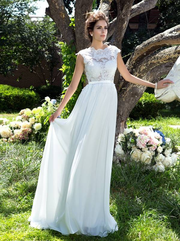 A-Line Scoop Sleeveless Applique Long Chiffon Dresses