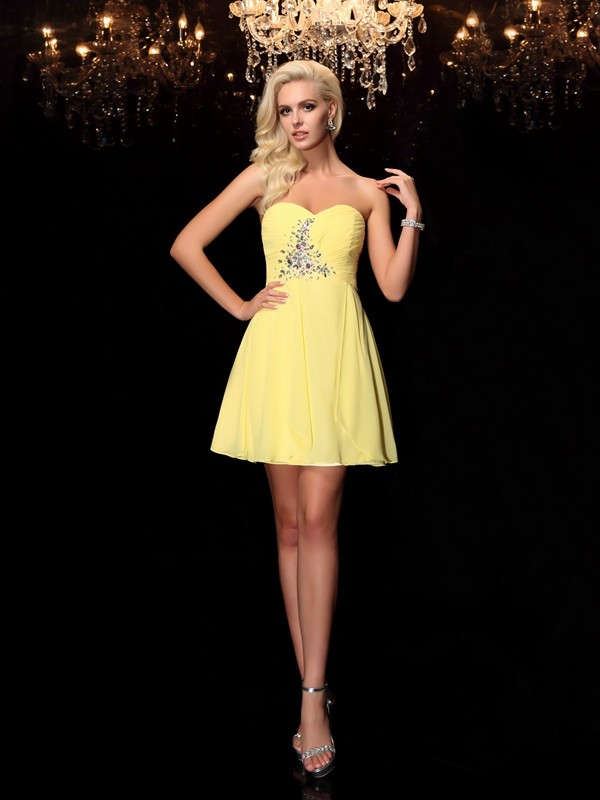 A-Line Sweetheart Rhinestone Sleeveless Short Chiffon Dresses