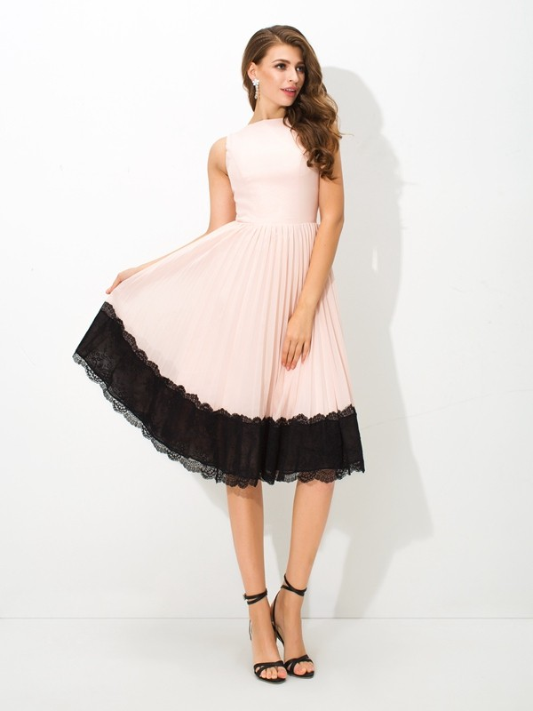 A-Line High Neck Lace Sleeveless Short Chiffon Cocktail Dresses