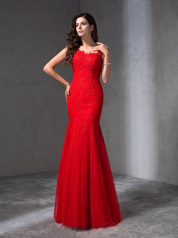 Sheath Scoop Applique Sleeveless Long Lace Dresses