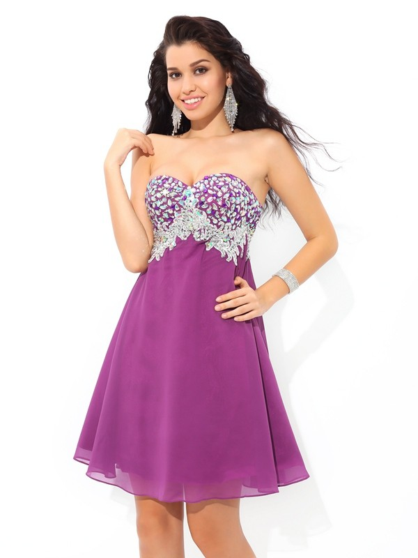 A-Line Sweetheart Rhinestone Sleeveless Short Chiffon Cocktail Dresses