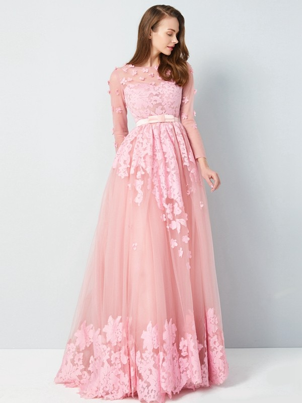A-Line/Princess Scoop 3/4 Sleeves Floor-Length Tulle Dress With Applique