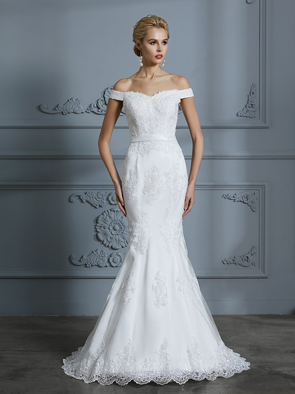 Trumpet/Mermaid Lace Sleeveless Off-the-Shoulder Sweep/Brush Train Tulle Wedding Dresses