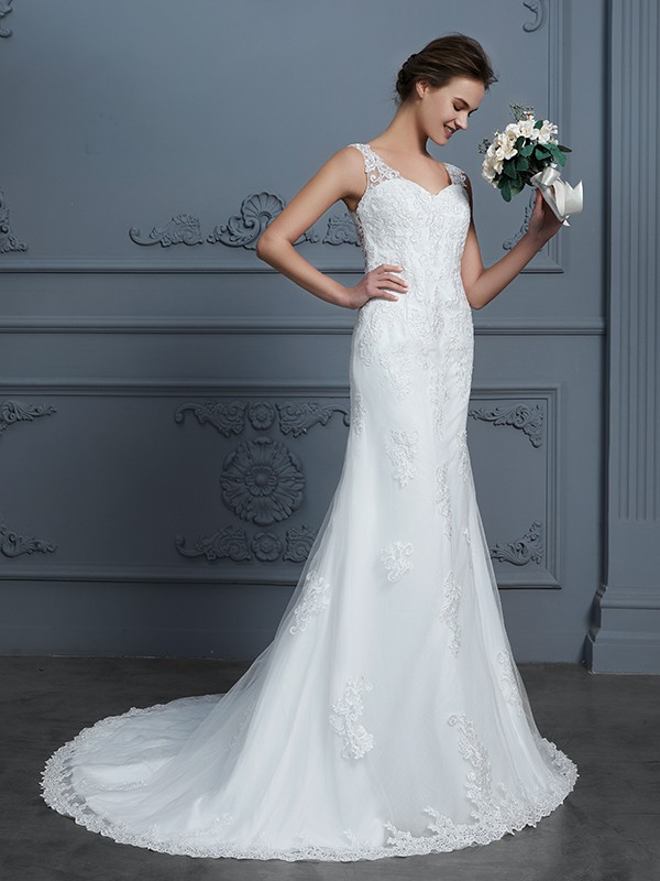 Trumpet/Mermaid V-neck Sleeveless Court Train Lace Tulle Wedding Dresses