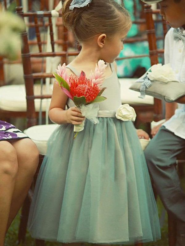 A-Line/Princess Square Sleeveless Tea-Length Hand-Made Flower Tulle Flower Girl Dresses
