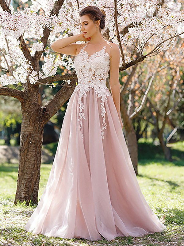 A-Line/Princess Jewel Floor-Length Sleeveless Applique Tulle Dresses