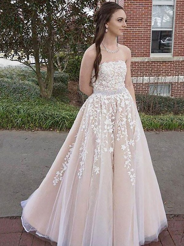 A-Line/Princess Strapless Floor-Length Sleeveless Applique Tulle Dresses