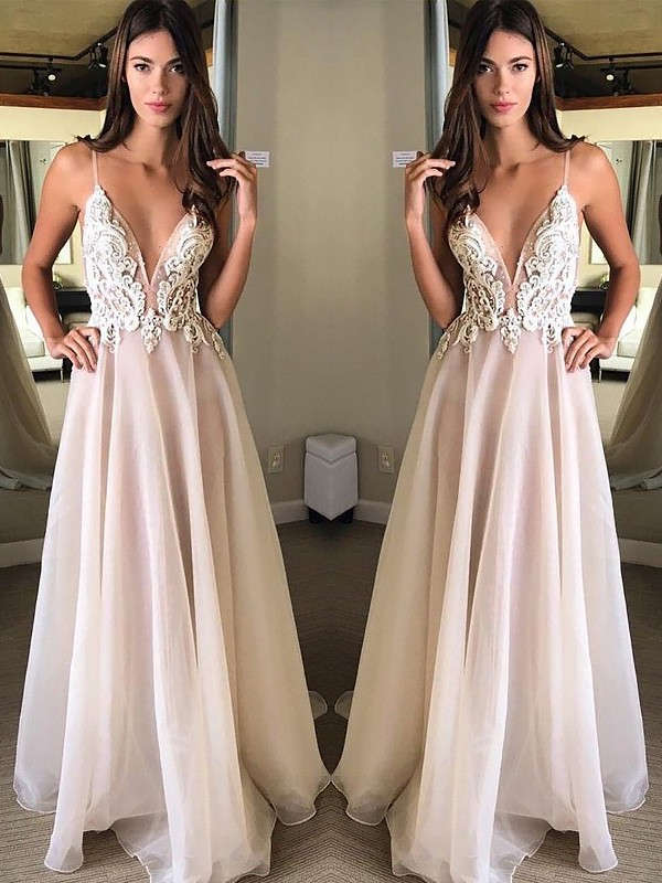 A-Line/Princess Spaghetti Straps Sleeveless Sweep/Brush Train Chiffon Applique Dresses