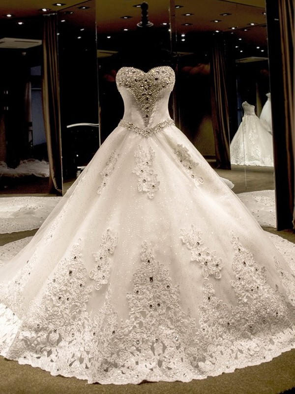 Ball Gown Sweetheart Sleeveless Cathedral Train Applique Sequin Tulle Wedding Dresses