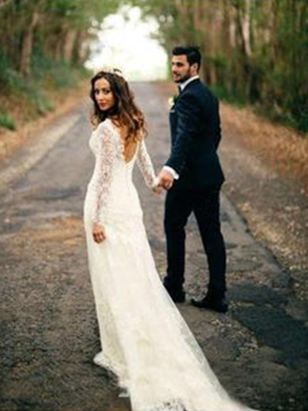 Sheath/Column V-neck Court Train Long Sleeves Lace Applique Wedding Dresses