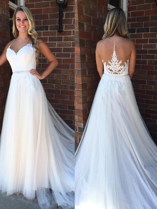 A-Line/Princess Scoop Court Train Sleeveless Applique Tulle Wedding Dresses