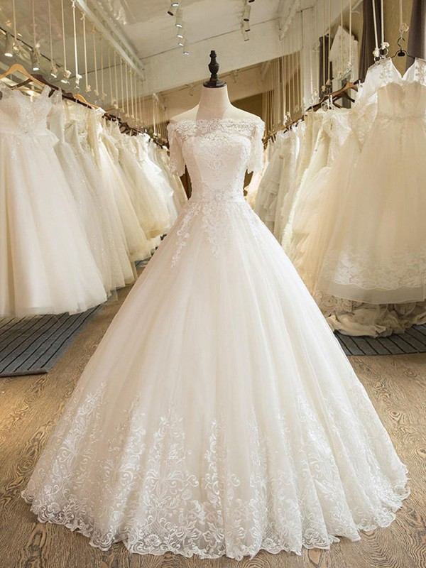 Ball Gown Off-the-Shoulder 1/2 Sleeves Floor-Length Applique Lace Tulle Wedding Dresses