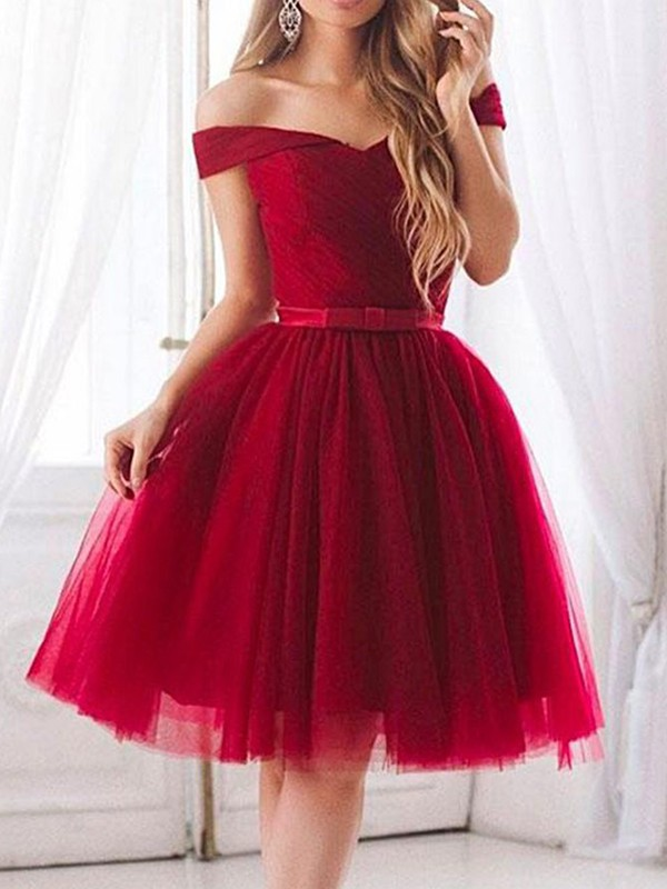 A-Line/Princess Tulle Ruffles Off-the-Shoulder Short Dresses