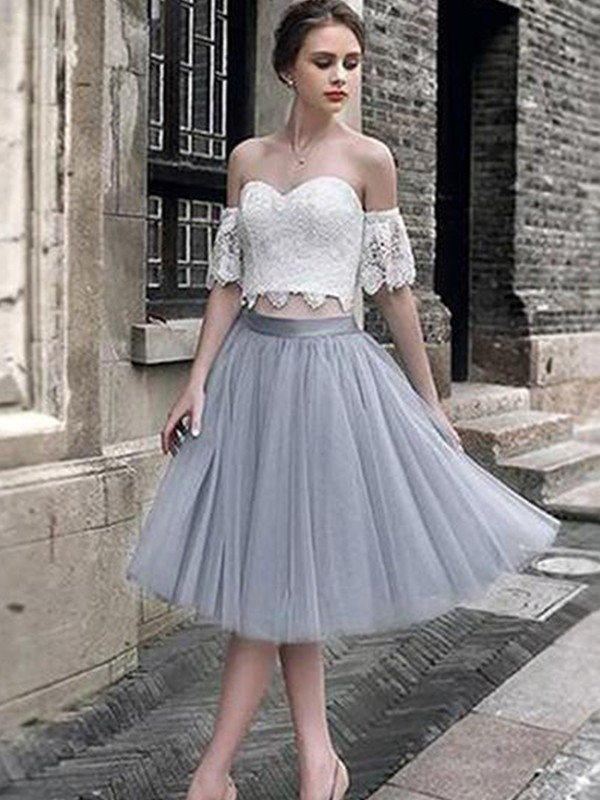 A-Line/Princess Tulle Lace Sweetheart Sleeveless Tea-Length Two Piece Dresses