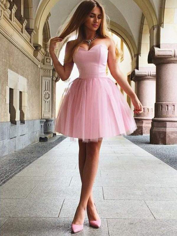 A-Line/Princess Sweetheart Sleeveless Satin Ruffles Short/Mini Dresses
