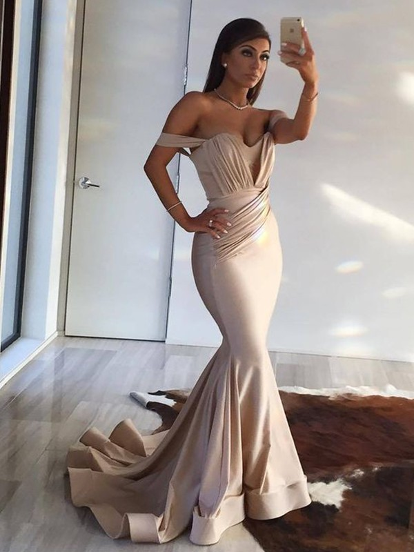 Trumpet/Mermaid Off-the-Shoulder Sleeveless Spandex Sweep/Brush Train Ruffles Dresses