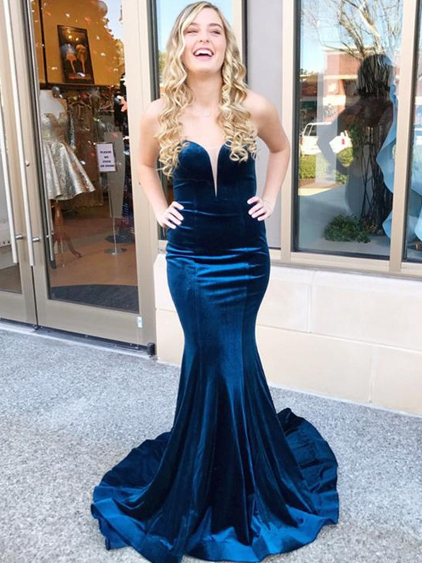 Trumpet/Mermaid Sweetheart Sleeveless Ruffles Sweep/Brush Train Velvet Dresses
