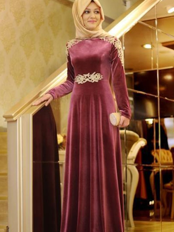 A-Line/Princess Scoop Long Sleeves Floor-Length Ruffles Velvet Muslim Dresses