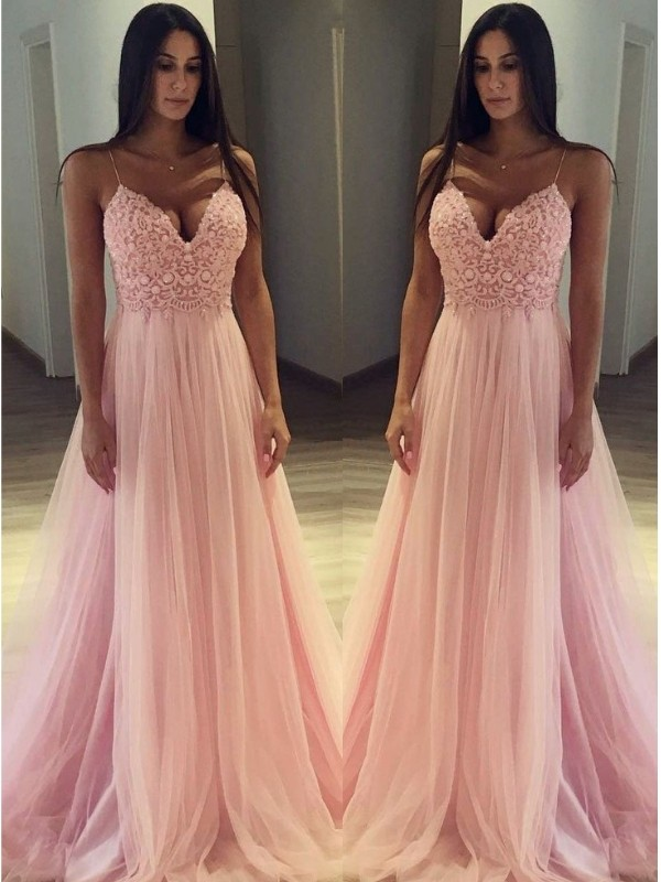 A-Line/Princess Spaghetti Straps Sleeveless Tulle Sweep/Brush Train Applique Dresses