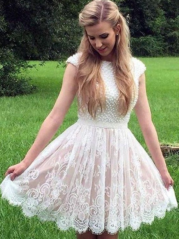 A-Line/Princess Lace Pearls Sheer Neck Sleeveless Short/Mini Homecoming Dress