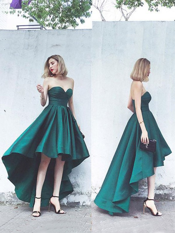 A-Line/Princess Satin Ruffles Sweetheart Sleeveless Asymmetrical Homecoming Dresses