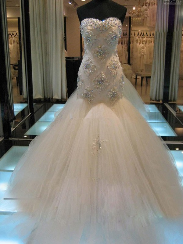 Sweetheart Trumpet/Mermaid Sleeveless Chapel Train Beading Tulle Wedding Dresses