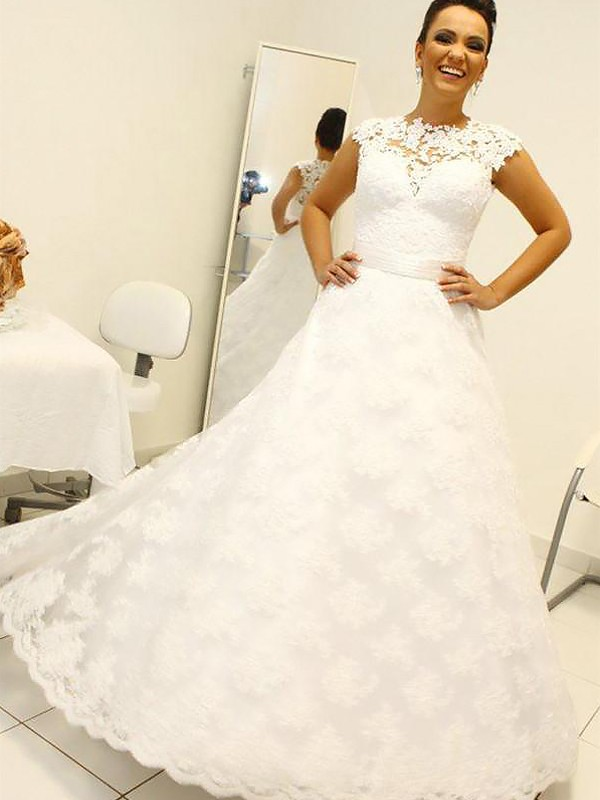 Floor-Length Ball Gown Sleeveless Scoop Lace Wedding Dresses