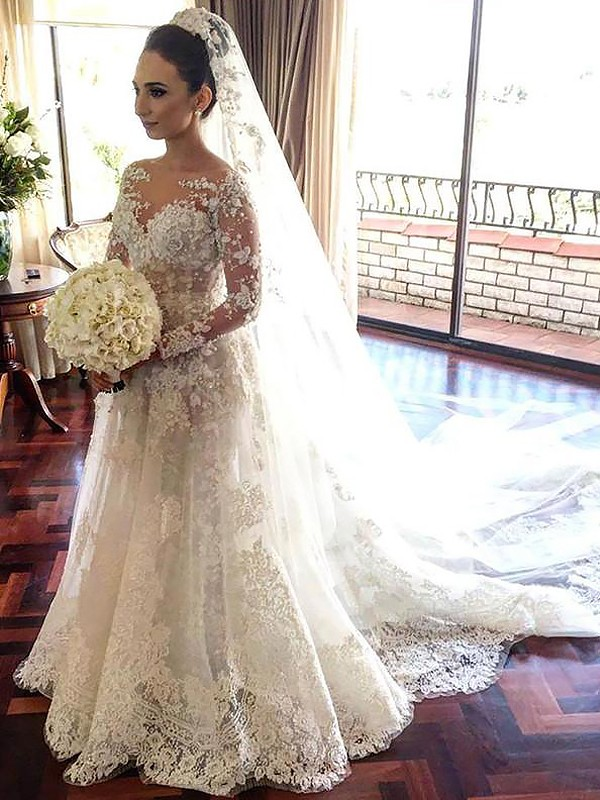 A-Line/Princess Long Sleeves Bateau Lace Chapel Train Tulle Wedding Dresses