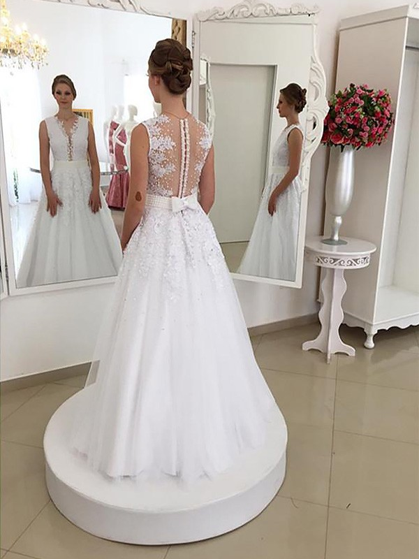 Trumpet/Mermaid Sleeveless Scoop Floor-Length Lace Wedding Dresses