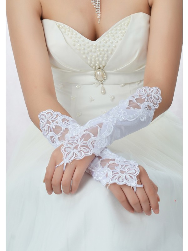 Gorgeous Lace Wedding Gloves