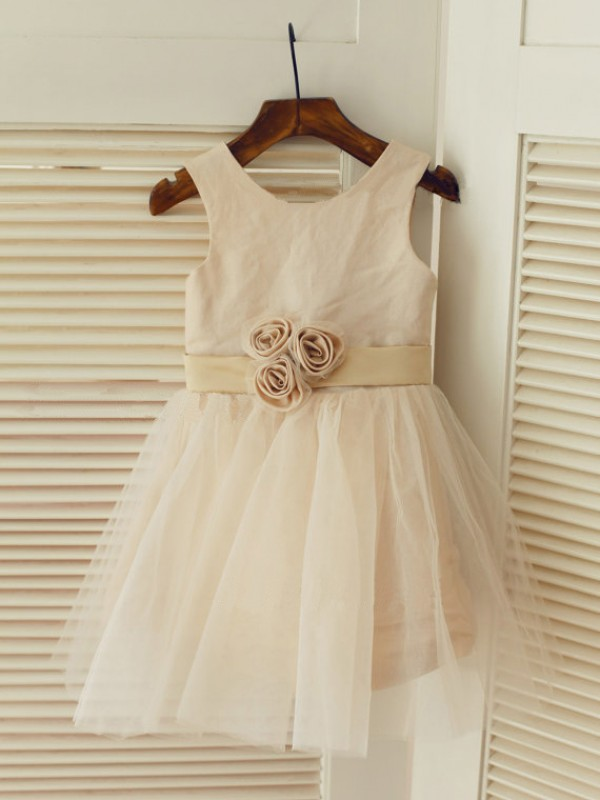 Tea-Length A-Line/Princess Scoop Sleeveless Sash/Ribbon/Belt Tulle Dresses