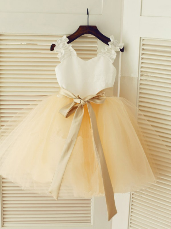 Tea-Length Ball Gown Straps Sleeveless Sash/Ribbon/Belt Tulle Dresses