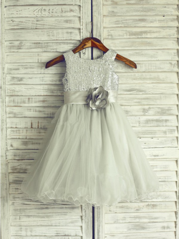 Knee-Length A-Line/Princess Scoop Sleeveless Hand-Made Flower Net Dresses